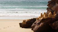 château de sable, plage du Portugal, road-trip, voyage autour de l'Europe