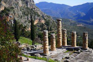 Temple d'Apollon, Delphes, Grèce, voyage autour de l'Europe sauvage et mythologique